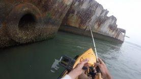 Eski savaş gemileri arasında kano balıkçılığı